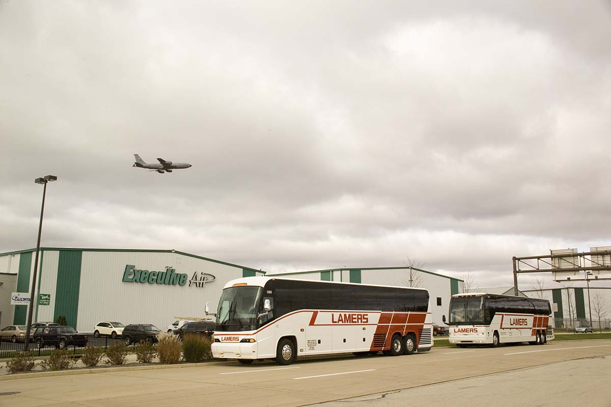 Lamers Bus Lines, Inc. airport transportation