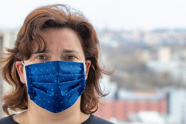 Face Coverings Required on Lamers Connect Intercity Bus Routes